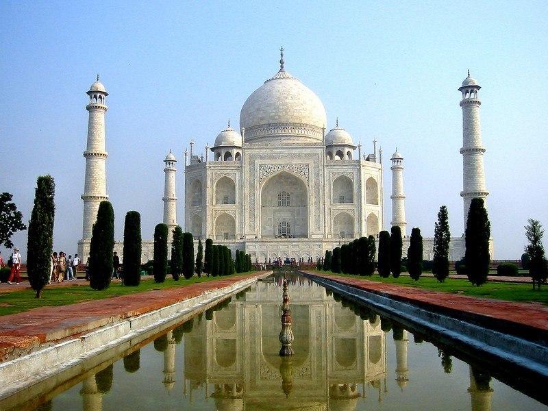 Agra_Taj_Mahal_Main